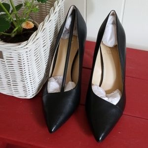 Chic Pumps by Vince Camuto